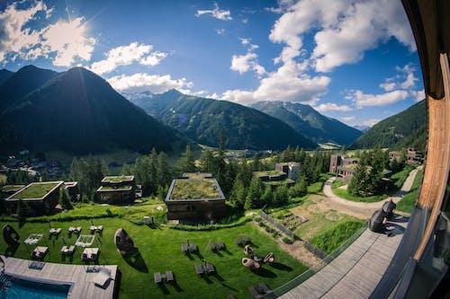 Avusturya, beyaz bulutlar, bulutlar, dağ içeren Ücretsiz stok fotoğraf
