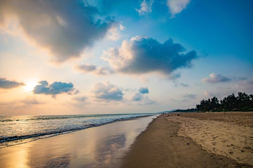 Gratis arkivbilde med gokarna, nikon, skyer, strand