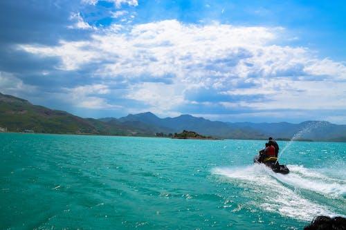 Fotobanka sbezplatnými fotkami na tému azúrová modrá, dvojica, hora, more
