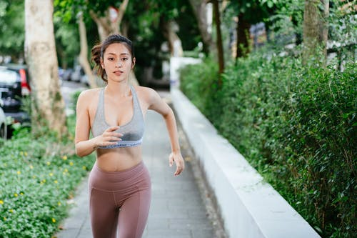 Ilmainen kuvapankkikuva tunnisteilla asu, fitness, henkilö, ihminen