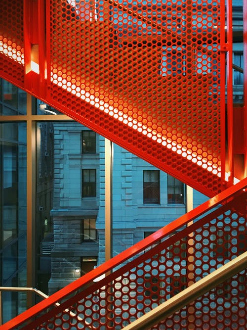 Ảnh lưu trữ miễn phí về cầu thang, cầu thang kim loại, du lịch, đường phố
