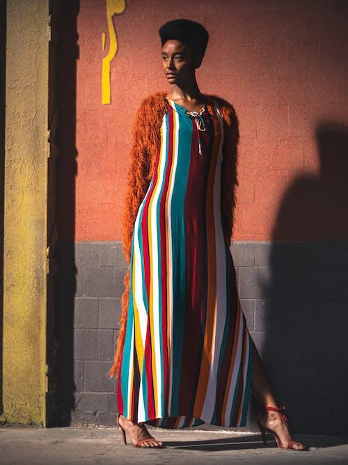 女人, 時尚, 模特兒, 模特兒表演 的 免费素材图片