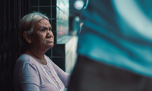 Foto stok gratis wanita tua