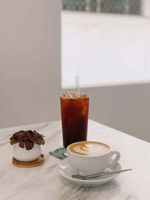 Základová fotografie zdarma na téma caffè latte, caffè latte art, čaj, čajová lžička