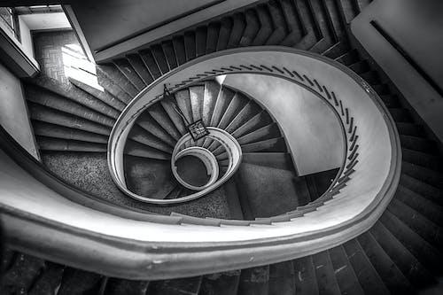 Ảnh lưu trữ miễn phí về các bước, cận cảnh, cầu thang xoắn, màu sắc
