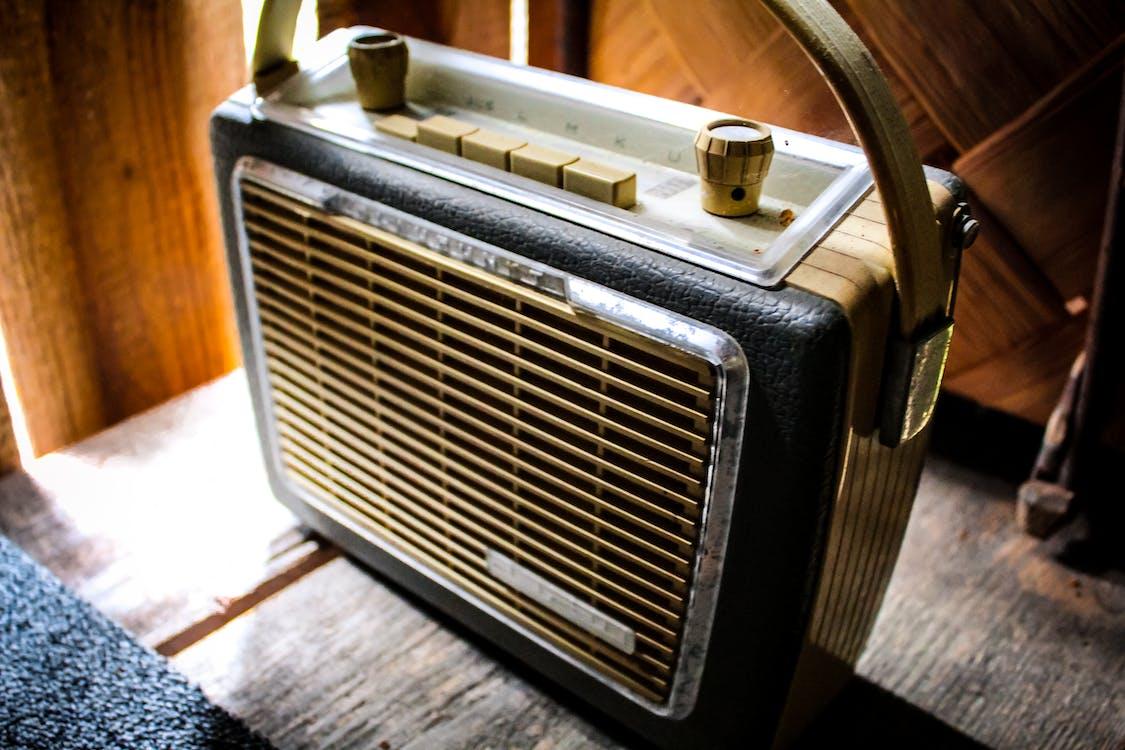 antik, gamle radioer, laden finder