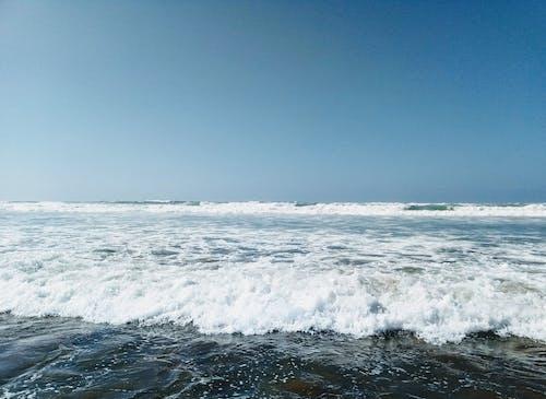 Immagine gratuita di mare, oceano blu, onde d'acqua, spiaggia
