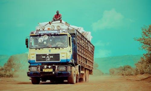#clouds, #ほこり, #ガーナ, #トラックの無料の写真素材