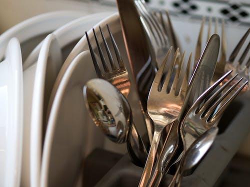お皿, カトラリー, キッチン, スプーンの無料の写真素材