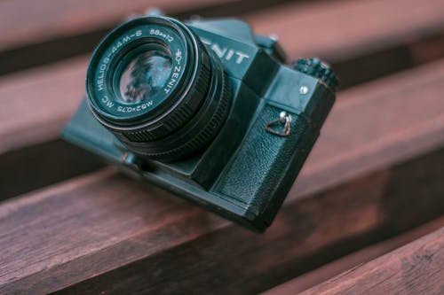 Free stock photo of black camera, camers, old, old camera