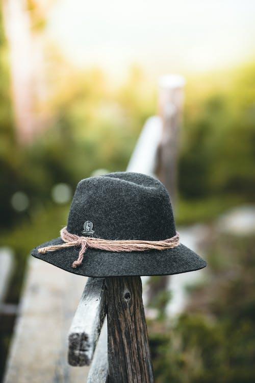 epätarkka tausta, hattu, kasvu
