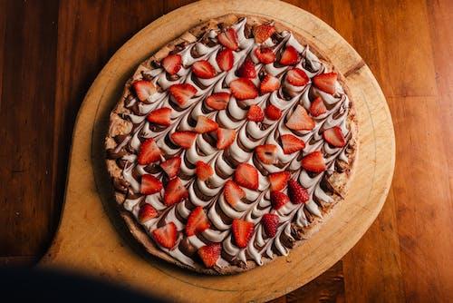 Foto d'estoc gratuïta de maduixa, menjar, pizza, xocolata