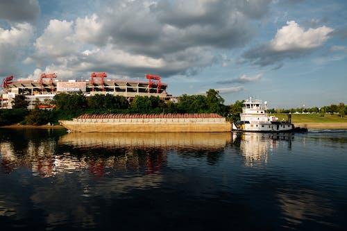 Fotos de stock gratuitas de agua, arquitectura, barca, ciudad