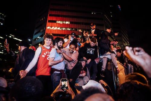 Kostnadsfri bild av folkmassa, händelse, kväll, människor