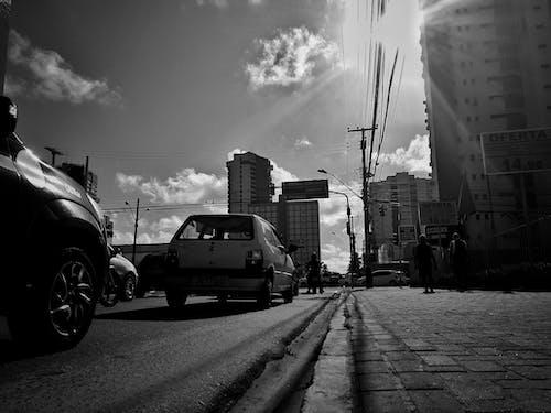 Δωρεάν στοκ φωτογραφιών με αστικός, αυτοκίνητα, δρόμος, φωτογραφία δρόμου