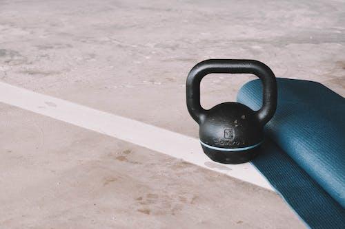 Kettlebell Und Yogamatte