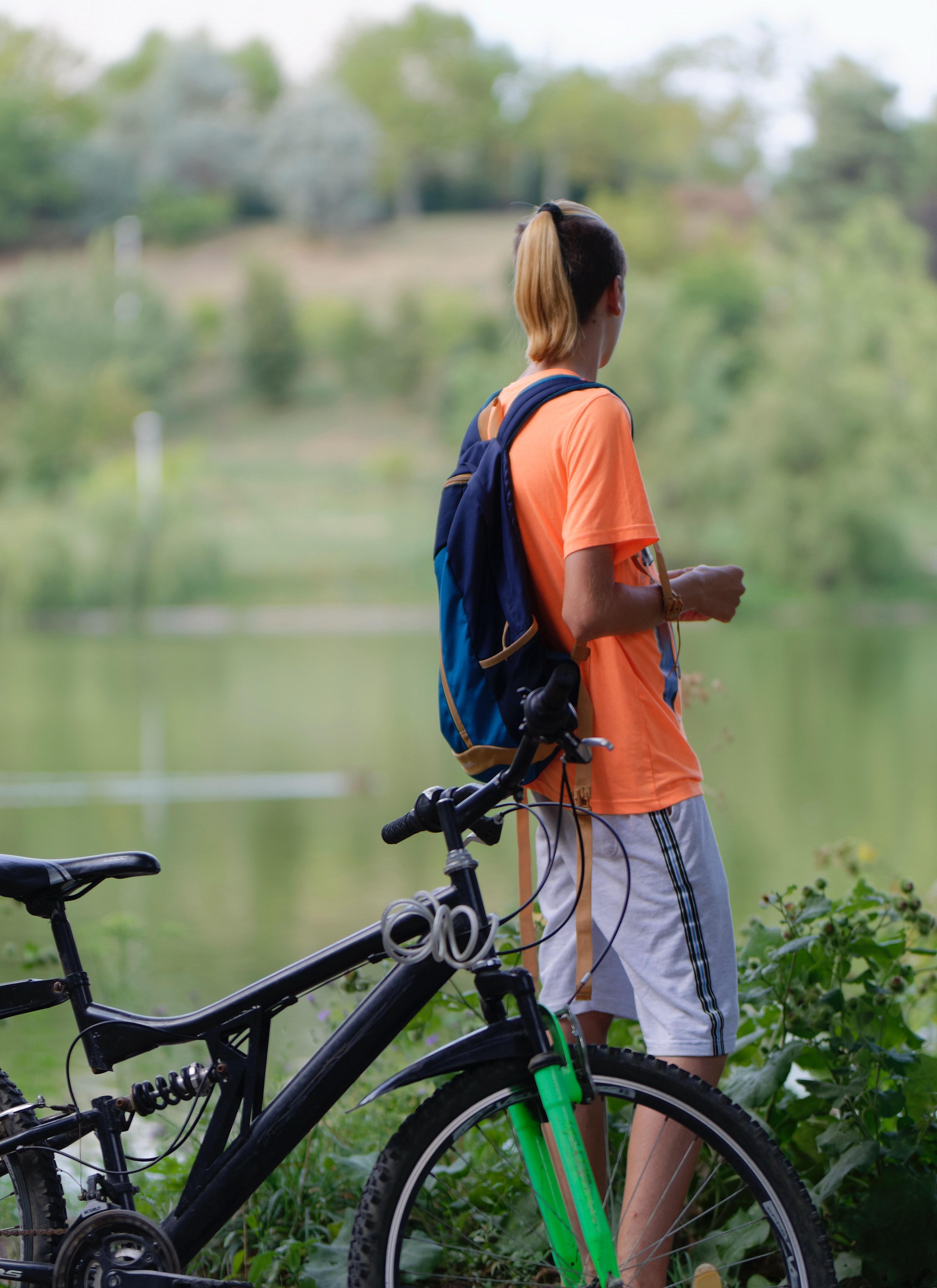 Imagine De Stoc Gratuită Cu Apă Băiat Bicicletă