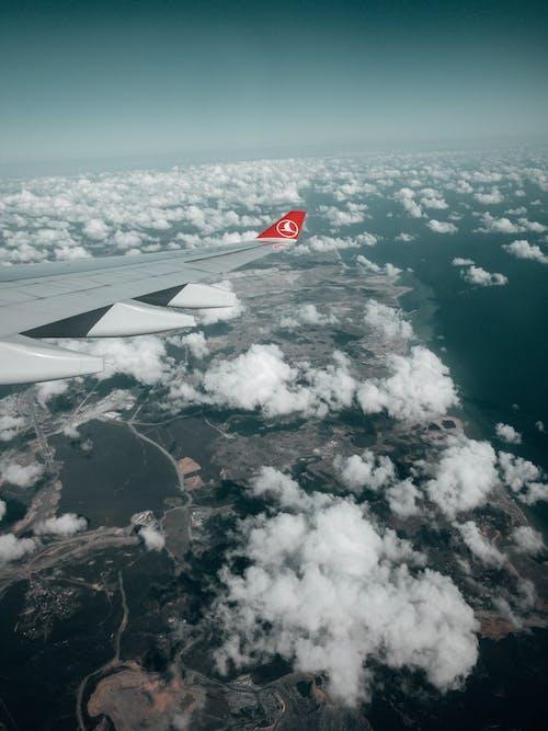 Fotobanka sbezplatnými fotkami na tému cestovať, dopravný systém, krídlo lietadla, let