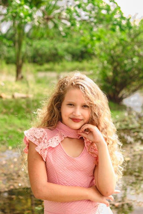 Darmowe zdjęcie z galerii z asadphoto, miłość, zdjęcie, ładna dziewczyna