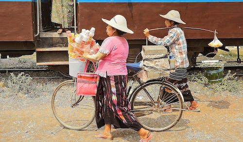 Ingyenes stockfotó bicikli, burmai, eladás, hölgyek témában