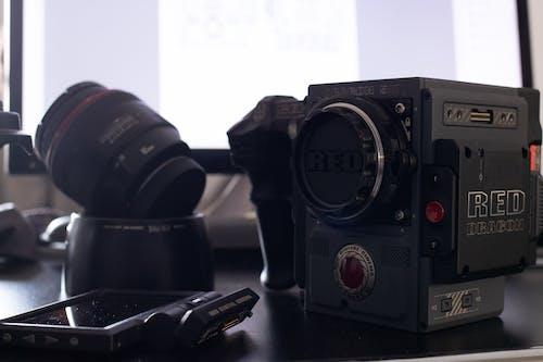 黑色攝像機