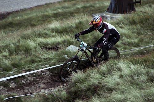 バイク, ヘルメット, マウンテンバイク, レースの無料の写真素材