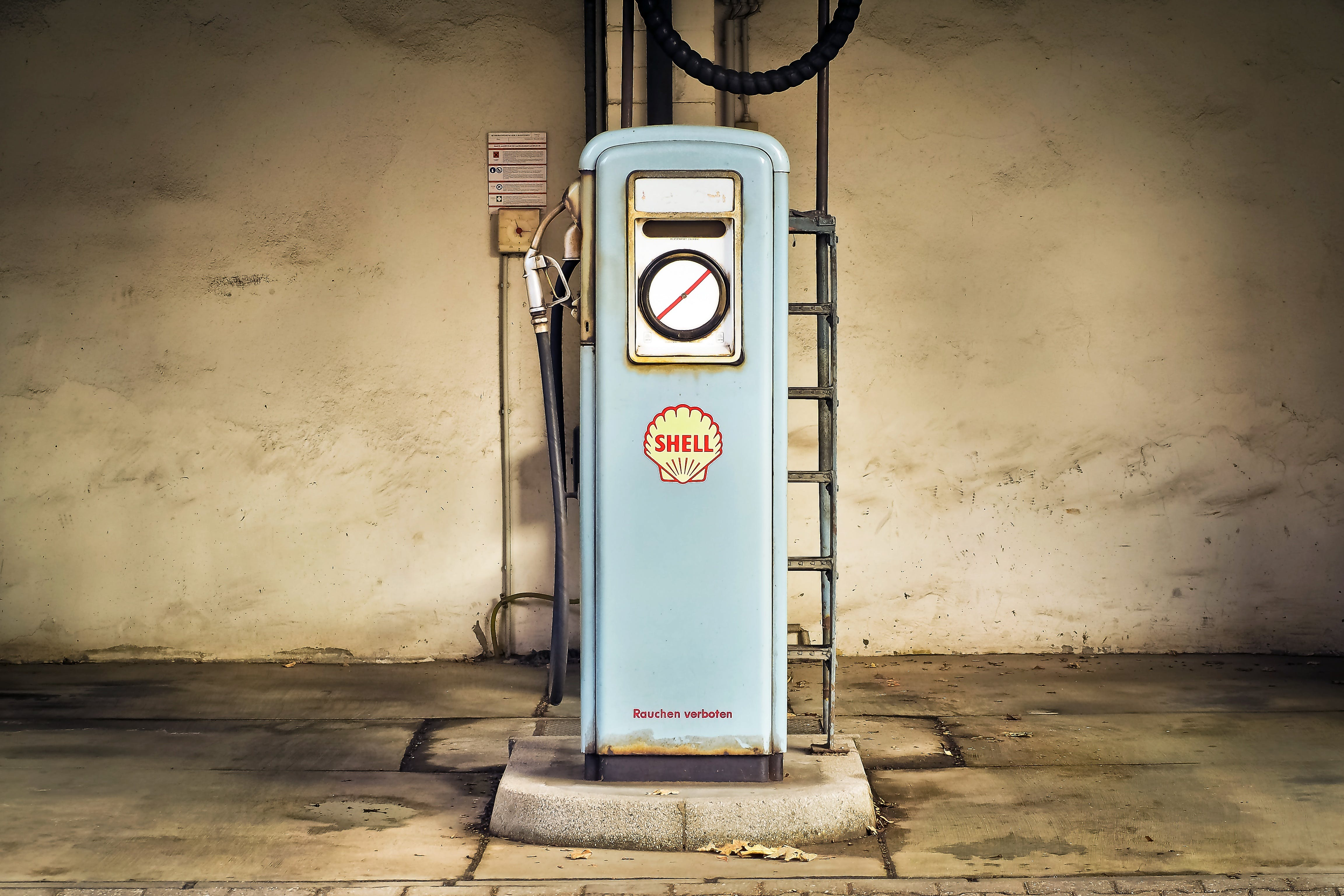 Blue Shell Gas Dispenser