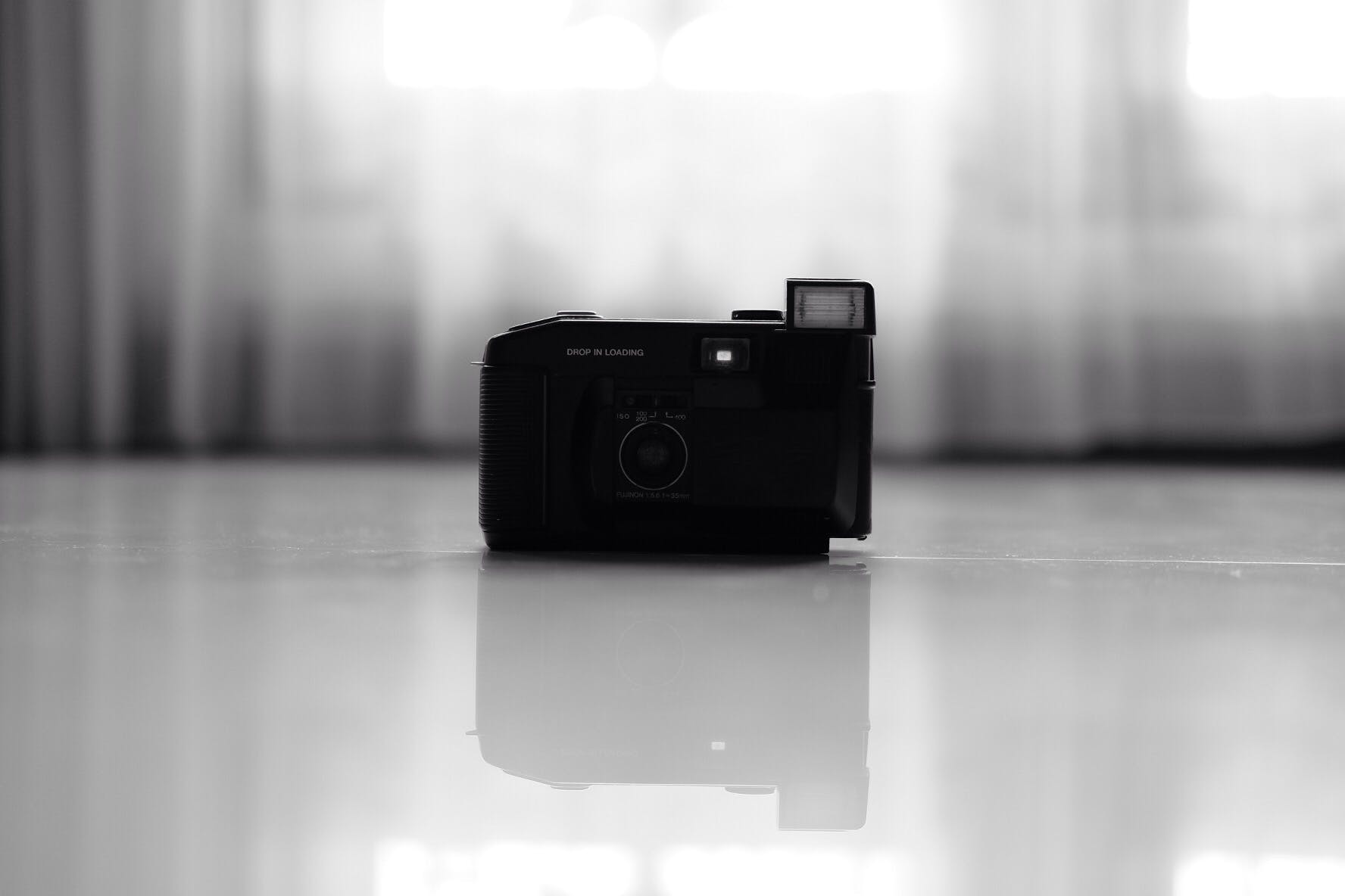 Free stock photo of camera, classic, fujifilm, monochrome