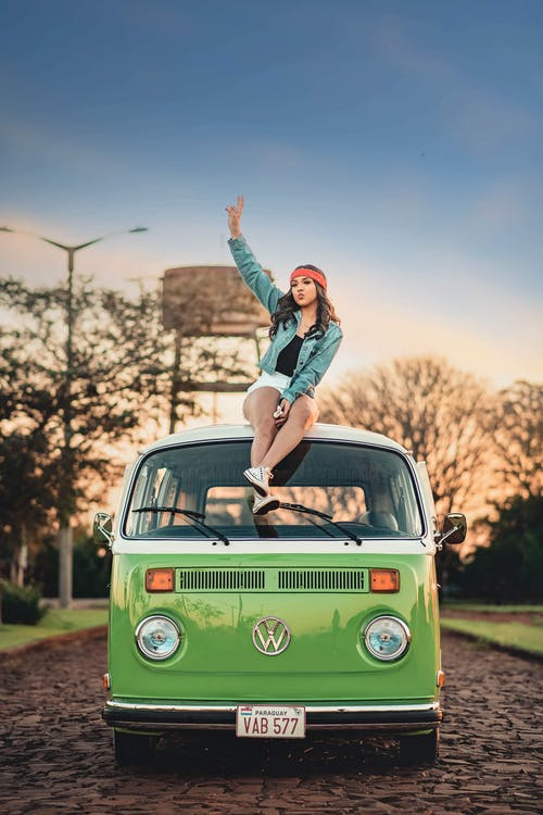 Gratis stockfoto met auto, avontuur, blijdschap, buiten