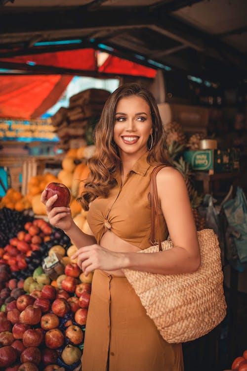 Ingyenes stockfotó álló kép, alma, arckifejezés, bolt témában