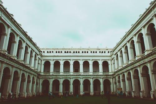Gratis stockfoto met architectuur, attractie, bogen, gebouw