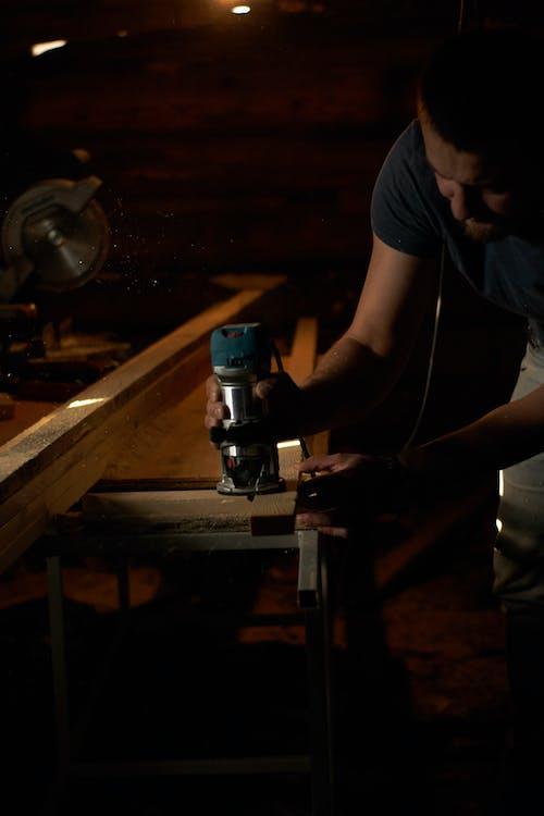 Ilmainen kuvapankkikuva tunnisteilla artesaani, kädet, käsin tehty, mies