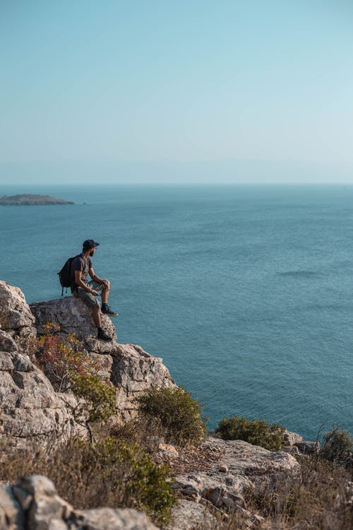 Fotos de stock gratuitas de acantilado, aventura, chaval, explorar