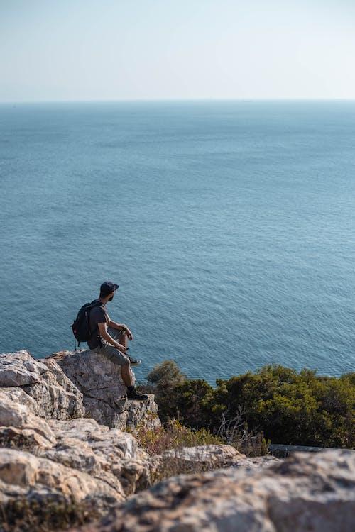 Fotos de stock gratuitas de acantilado, al aire libre, aventura, chaval