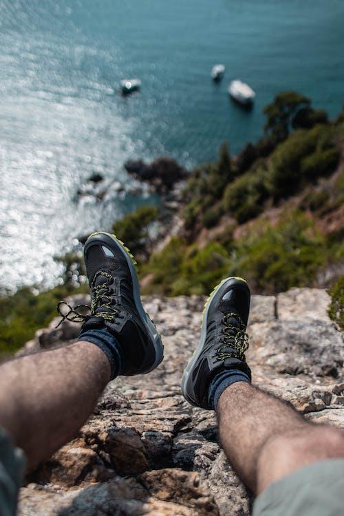 Ingyenes stockfotó cipő, egy pár cipő, egyedül, elképesztő témában