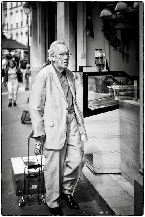 Free stock photo of elderly man, eyewear, fujifilm, man