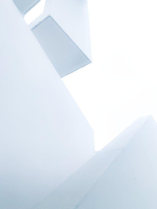 低角度拍攝, 光, 建築, 建造 的 免费素材照片