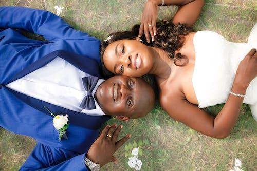 Δωρεάν στοκ φωτογραφιών με αλέθω, γαμήλια τελετή, γαμπρός, γέφυρα