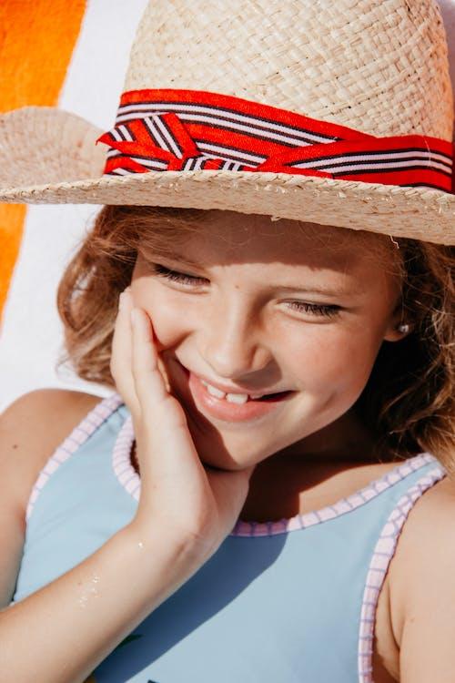 Girl Wearing Sleeveless Top