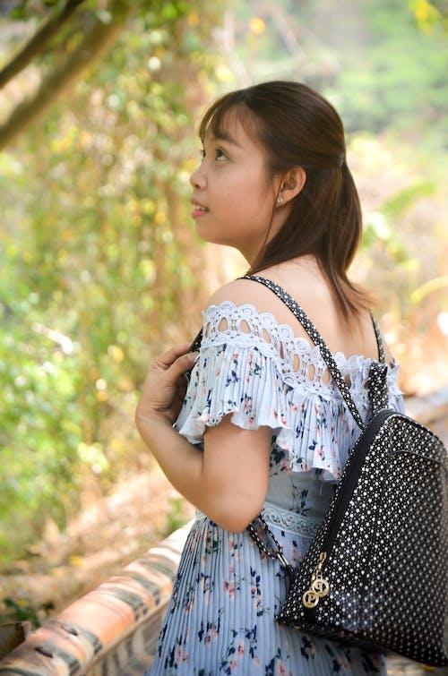 Δωρεάν στοκ φωτογραφιών με ασιατικό κορίτσι, βιετνάμ, όμορφο κορίτσι, πικνίκ