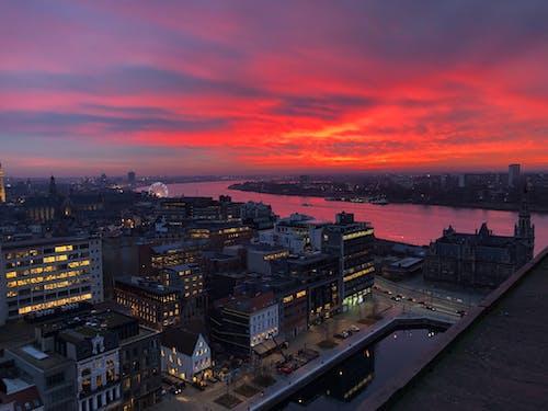Ilmainen kuvapankkikuva tunnisteilla aamu, arkkitehtuuri, auringonlasku, dramaattinen
