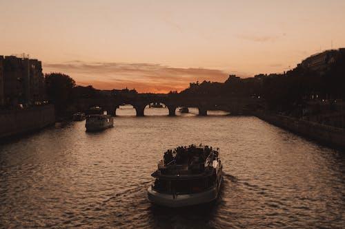交通系統, 傍晚的太陽, 塞納河, 巴黎 的 免費圖庫相片