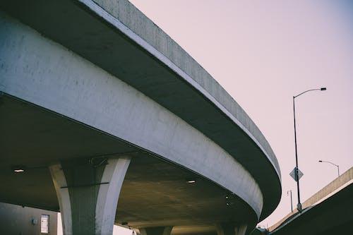 가로등 기둥, 거리, 건축, 고가도로의 무료 스톡 사진