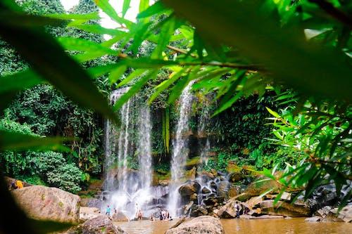 Photos gratuites de cambodge, cascade de kulen, kulen mountain, photographie cascade