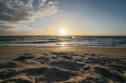 Photos gratuites de aube, bord de mer, ciel, coucher de soleil