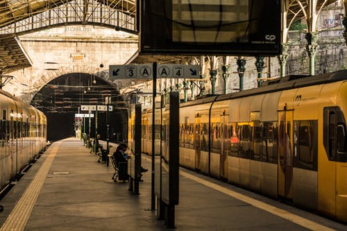Základová fotografie zdarma na téma oporto, Portugalsko, stanice, tren
