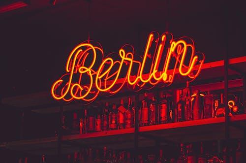 Ảnh lưu trữ miễn phí về ánh sáng, bản văn, bảng chỉ dẫn, berlin