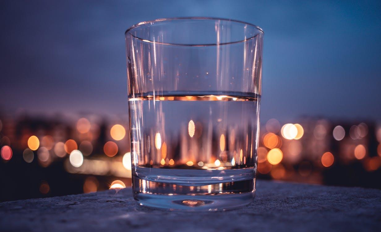 กระจก, กลางคืน, การดื่ม
