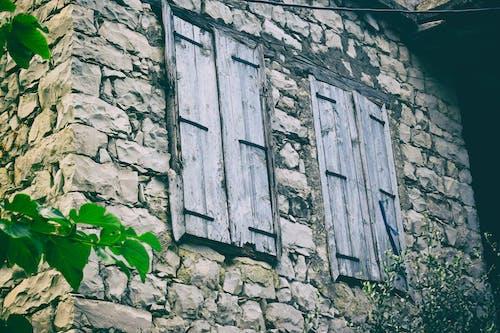 Gratis lagerfoto af gammelt vindue, vindue