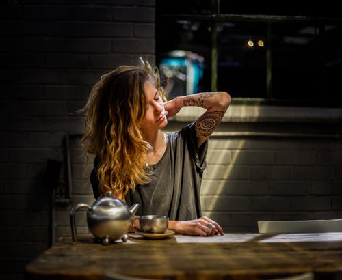 イライラ, インドア, お茶, カップの無料の写真素材